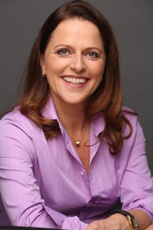 Esther  Goette
